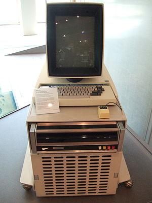 300px-Xerox_Alto_mit_Rechner
